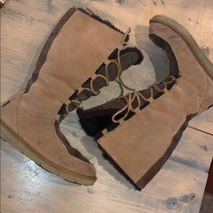 UGG AUSTRALIA Sheepskin Winter Boots Chestnut